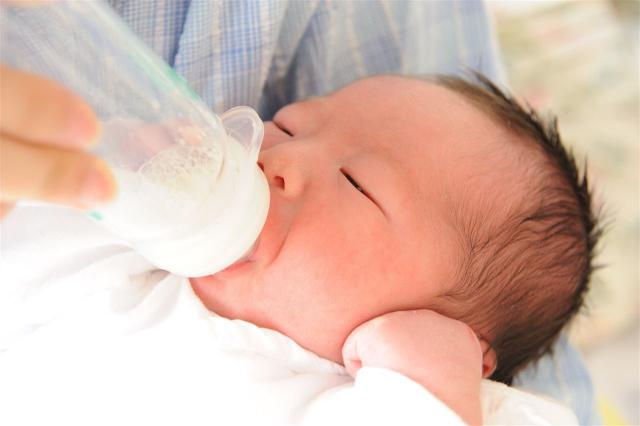0歳児 ミルク